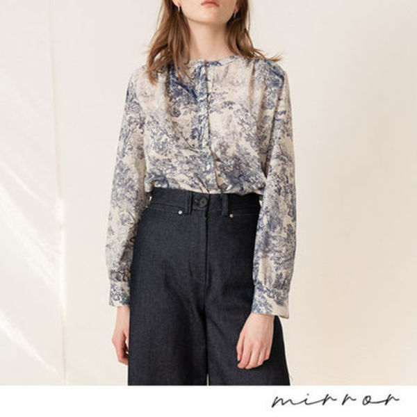 韓国ブランド:::KINDERSALMON::PRINTED SHIRRING BLOUSE BLUE