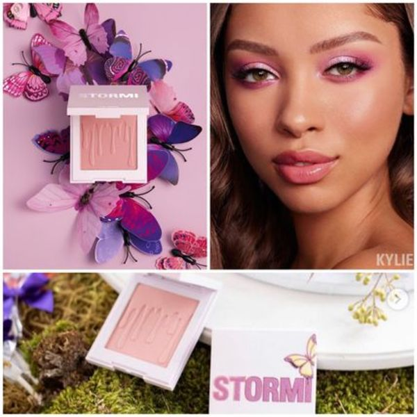 2020【kylie x stormi collection】FLUTTER IN LOVE blushチーク