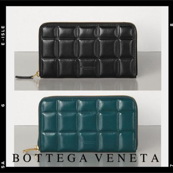 直営店【Bottega Veneta】MEDIUM ZIP AROUND WALLET IN CALFSKIN