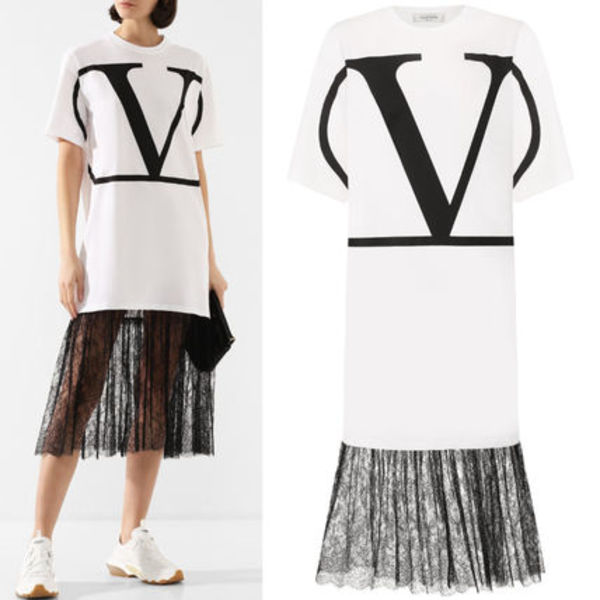 V1833 VLOGO T-SHIRT DRESS WITH LACE TRIM