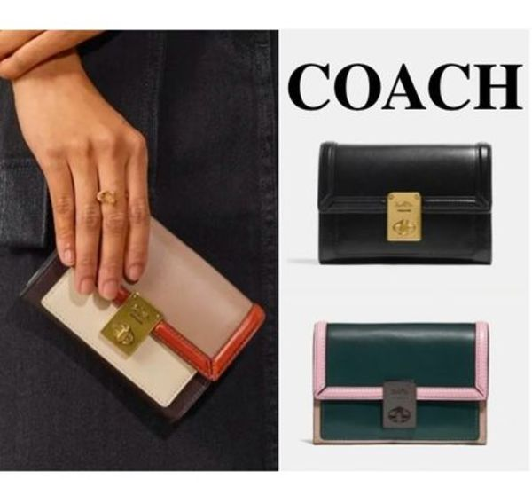 COACH* ウォレット 二つ折り 財布 Hutton Wallet In Colorblock