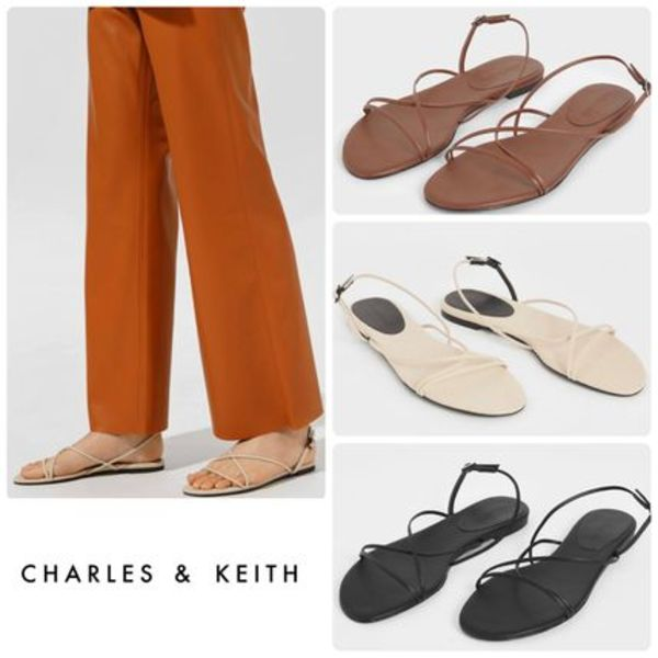 ★CHARLES & KEITH★Strappy Flat Sandals サンダル/送料込