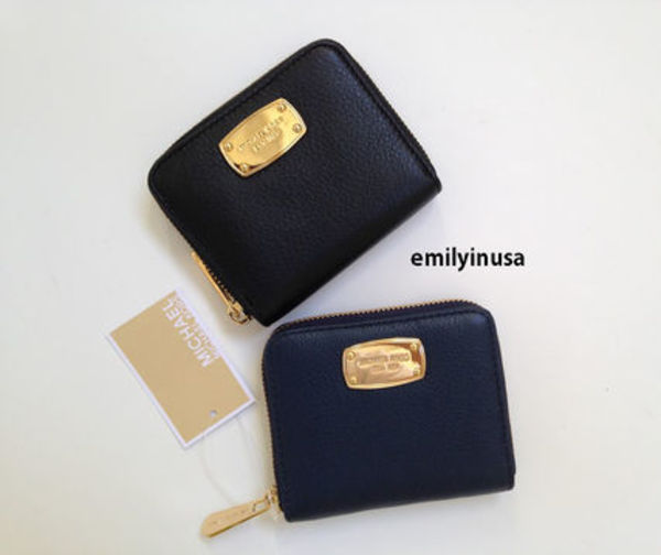大人気★Michael Kors★jet set item 二つ折り革財布*NAVY/BLACK