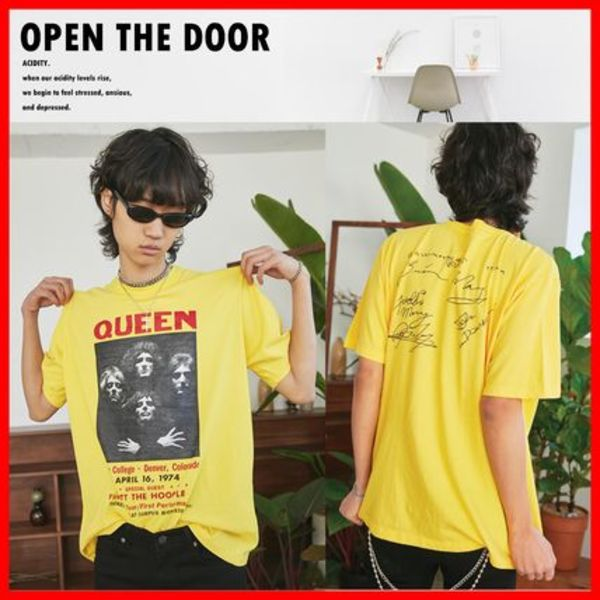 ★人気★【OPEN THE DOOR】★Queen Sign Half T-Shirts★4色★