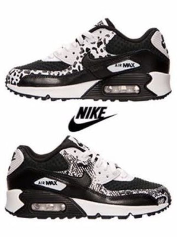 売り切れ御免【NIKE AIR MAX 90 PREM LTR GS】BLACK/BLACK/WHITE