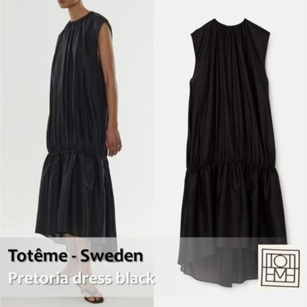 Toteme :: トーテム Pretoria dress black