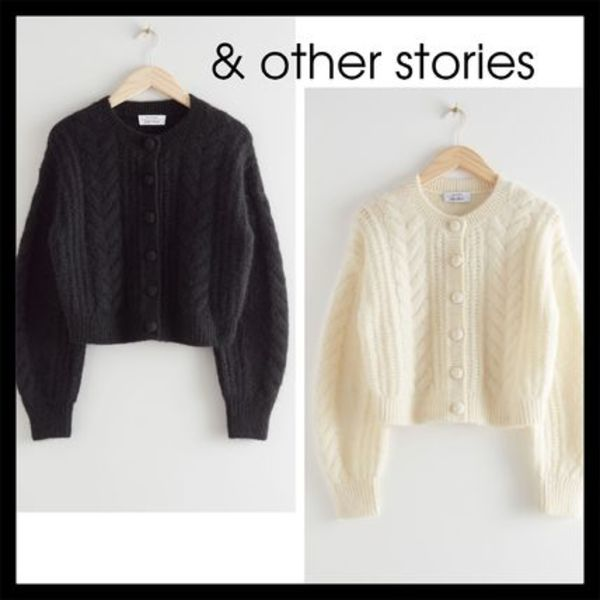 【& other stories】新作! Cropped Button ニット セーター 2色