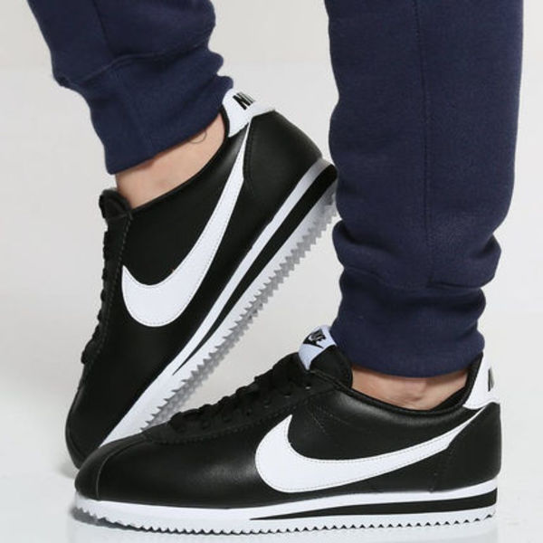 NIKE WMNS Classic Cortez Leather Sneaker 807471-016