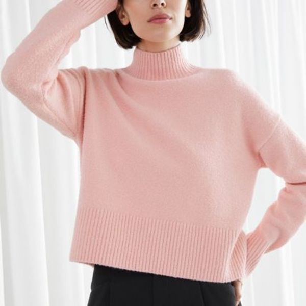 """& Other Stories"" Cropped Mock Neck Sweater Pink"