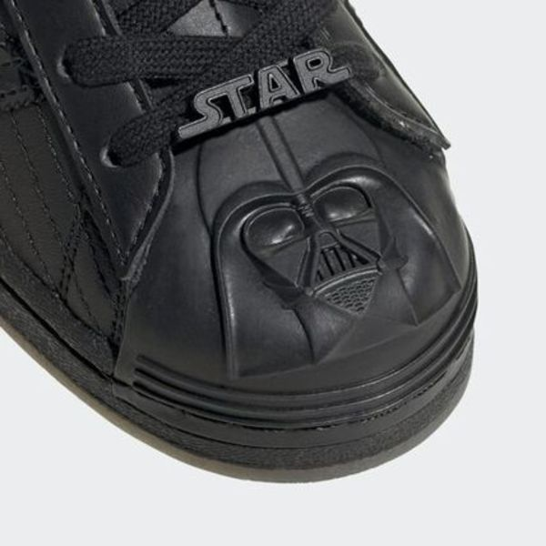 《☆コラボ☆》adidas☆SUPER STAR STARWARS☆BLACK (FY0130)