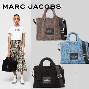 MARC JACOBS 2WAYバッグ Teddy Small Traveler Tote Bag