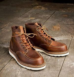 RED WING CLASSIC MOC TOE STYLE NO. 1907