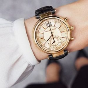 NEW!! 大人気♪ Michael Kors - Women's Sawyer Gold Watch