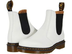 【SALE】Dr. Martens 2976 Yellow Stitch Chelsea Boot
