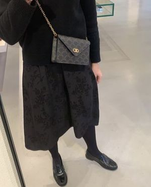 【CELINE】MAILLON TRIOMPHE WALLET チェーンウォレット
