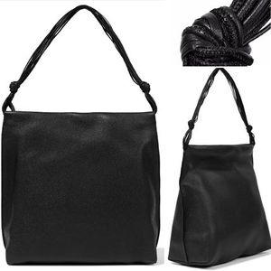 The Row☆Wander Textured Leather ワンハンドルトートバッグ