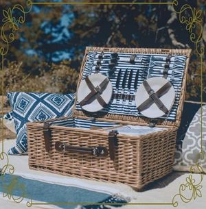 【West Elm Party Pack Picnic Basket】 アウトドア等にもお勧め