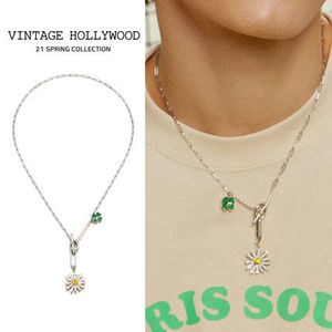 VINTAGE HOLLYWOOD★Swing Daisy Charm Necklace