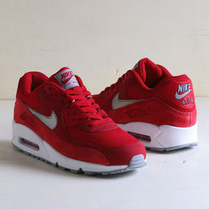 人気商品 NIKE AIR MAX 90 ESSENTIAL