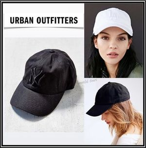 ★Urban Outfitters★ シンプルキャップ 2色【関税込+追跡No付】
