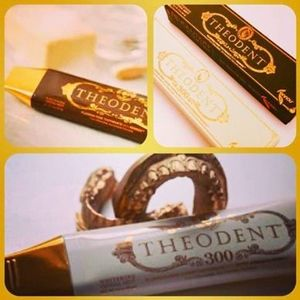 【Theodent】Classic&最強ホワイトニング300!!歯磨き2本セット