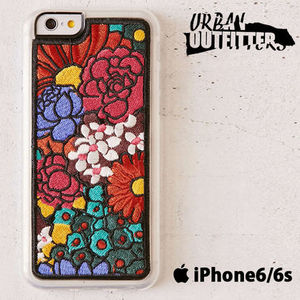 Urban Outfitters☆ 綺麗な花柄刺繍♪☆ iPhoneケース (6/6s用)