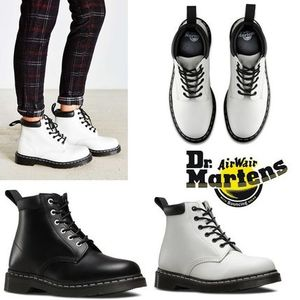 新作!関税負担あり Dr. Martens Padded Collar 6-Eye Boot 939