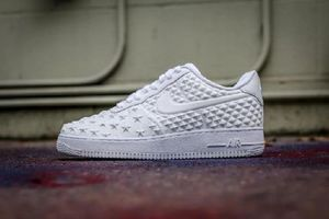 "[NIKE]Air Force 1 Low '07 LV8 ""Independence Day"" 【送料込】"
