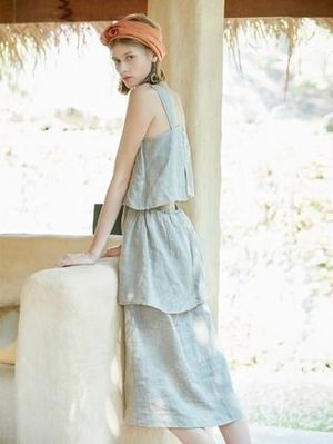 日本未入荷 [ akro ] sleeveless tiered dress