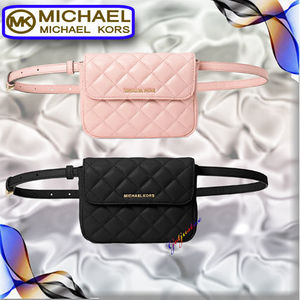 Michael Kors  レザーウエストポーチ Sloan Small Belt Bag