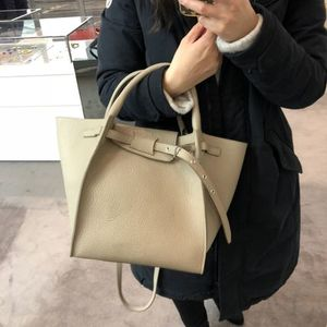 【CELINE】18SS新作 Small Long Strap (Light taupe)