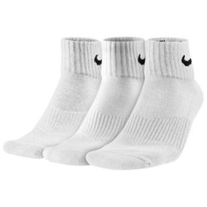 海外限定★送料込み★Nike Men's 3 pack Quarter Socks White
