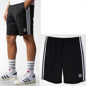 ADIDAS MEN'S ORIGINALS☆SST SHORTS ブラック AJ6942