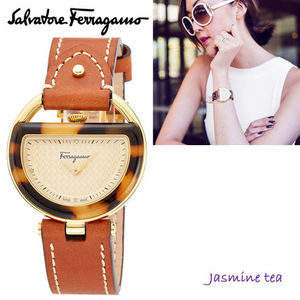 ★新入荷★Ferragamo Women's Brown Buckle Watch★