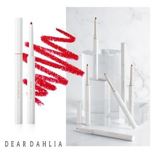 DEARDAHLIA★PARADISE PERFECT LIP DEFINING PENCIL