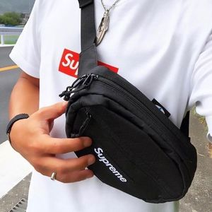 ★   Supreme   ★   FW18 Week1   ★   Waist Bag   ★   Black