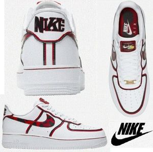 海外限定☆Nike Air Force 1 '07 LV8