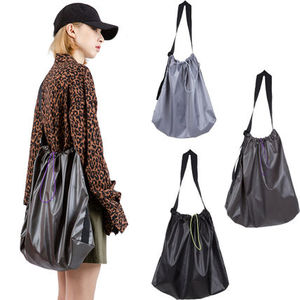 [Raucohouse] GLOSSY STRING BAG 3color ハンドバッグ