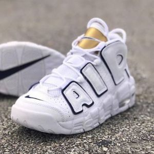 大人もOK Air More Uptempo Navy White Gold
