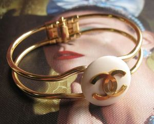 Val vintage シャネル  botton jewelry bangle GOLD 15