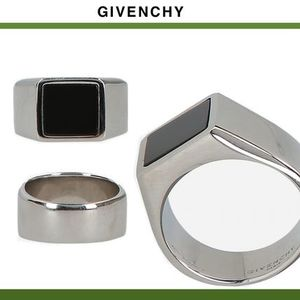 GIVENCHY★ジバンシィSIGNET RING IN BRASS AND OBSIDIAN
