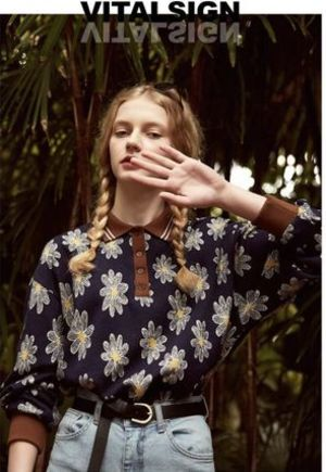 VITALSIGN -Floral Printed button Blouse-20SS