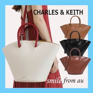 Charles&Keith★CROC-EFFECT LARGE TRAPEZE TOTE ★トートバッグ