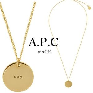 A.P.C. ネックレス ペンダント パラレルロゴ Gold Eloi Necklace